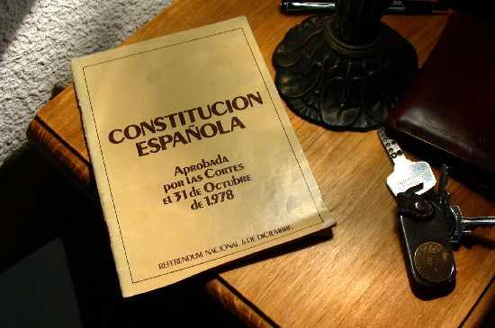 20070531165536-05-constitucion-201978-20folleto.jpg
