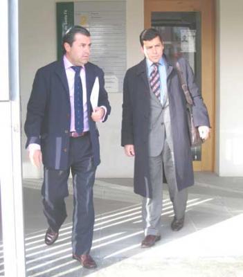 20080702105906-alcalde-otura.jpg