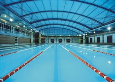 20080914125353-piscina.jpg