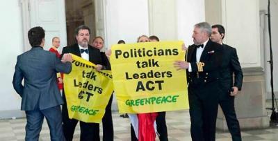 20091222172344-greenpeace-reuters-570x291.jpg