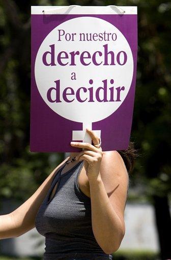 20100706134228-manifestante-pro-aborto-mexico-24abr07-1.jpg