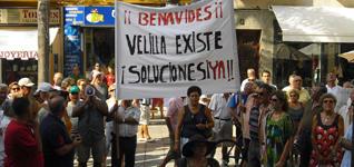 20090822133642-2009-08-22-img-2009-08-22-10-47-26-protestavelilla.jpg