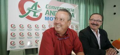20100806183438-dos-fascistas-sonrientes.jpg