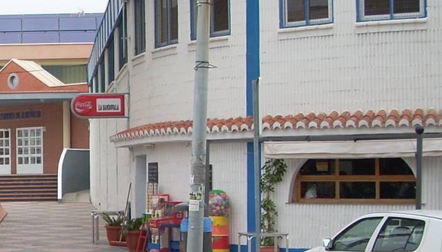 20110621190016-bar-pabellon-deportes.jpg