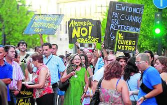 20110829123758-28agosto-referendum.jpg