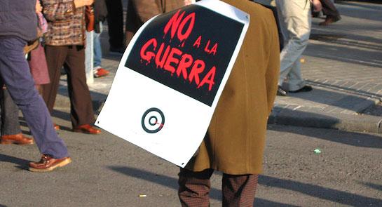 20111012202004-no-a-la-guerra.jpg