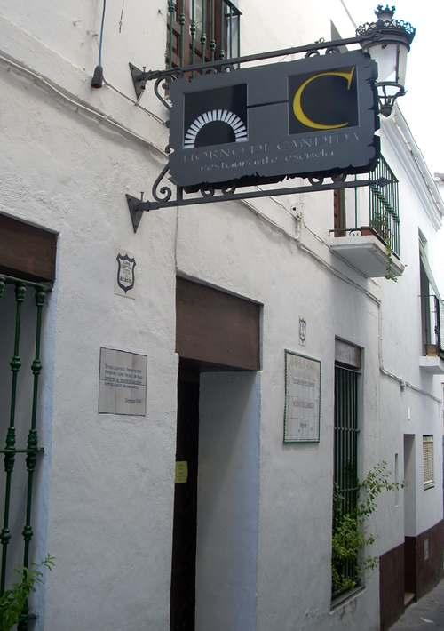 20120112210412-fachada.jpg