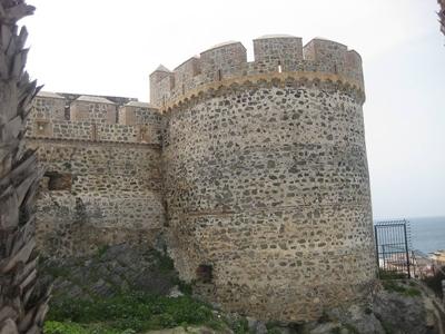 20120517184623-castillo-400.jpg