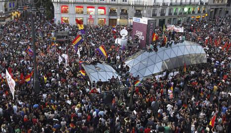 Manifestación republicana en Sol el pasado 2 de junio, tras conocerse la abdicación del rey Juan Carlos.  EFE